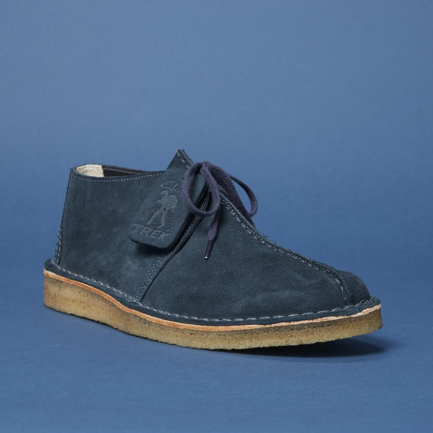 BLUE-BOOTS-5.jpg